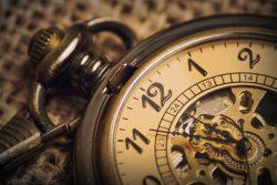 ساعت جیبی پیرمرد